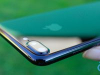 iPhone 7 v JetBlack má jednu pozoruhodnou vlastnost, kterou ostatní varianty nemají