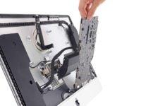 Pitva nového iMacu odhalila možnost vyměnitelného procesoru a operační paměti
