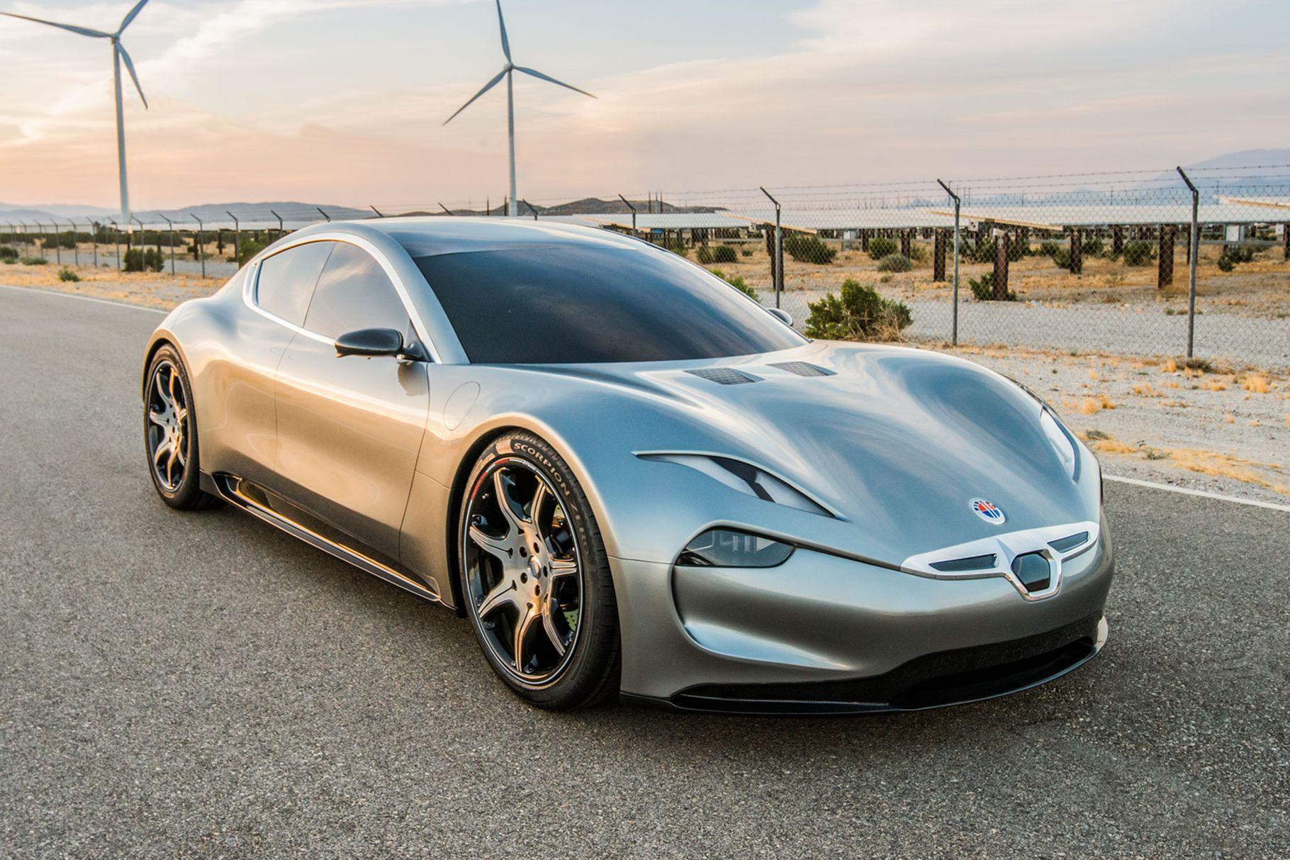 Fisker chystá premiéru luxusního elektromobilu. Tesla vedle něj vypadá jak chudý příbuzný