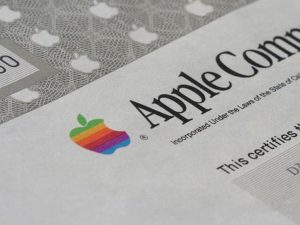 1980 – Vstup Apple Computer Inc. na burzu