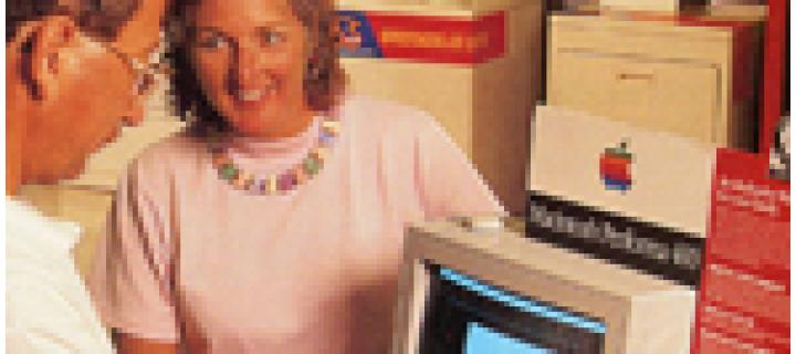 1992 – Macintosh Performa 400