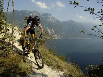 Mountain bike sul Lago di Garda(1)