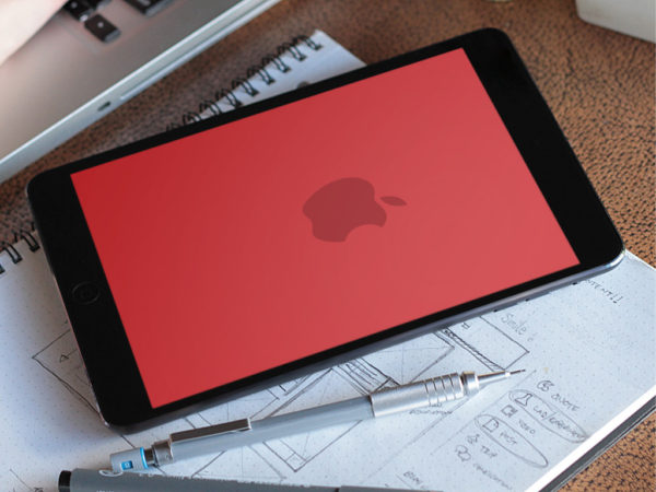 Apple-RED-Product-Wallpaper-Splash-Axinen-1024x768