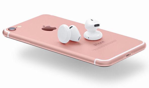 iPhone-7-No-Headphone-UK-Price-Headphone-Jack-3-5mm-Port-Apple-iPhone-7-EarPod-Price-Redesign-Apple-iPhone-7-UK-Release-Date-Hea-663419