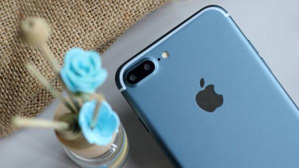iPhone-7-Plus-Deep-Blue-Header