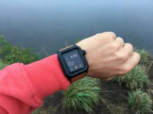 Lunatik EPIK udělá z Apple Watch hodinky pro opravdové chlapy (recenze)