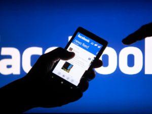 Nenaleťte podvodníkům. Slevové nabídky na Facebooku vás mohou přijít pěkně draho