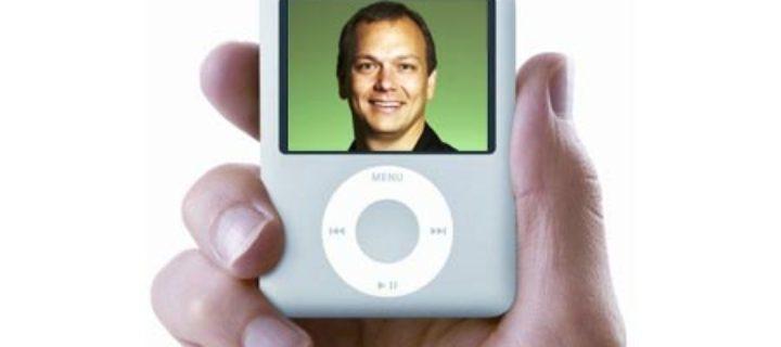 Kmotr iPodu zavzpomínal na vývoj prvního iPhonu a jak ztratil jeho prototyp v letadla