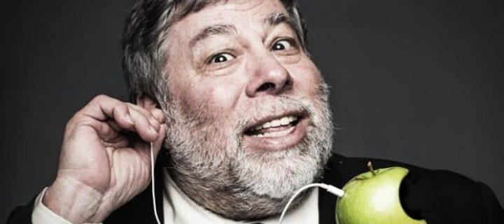 """""""Vracím se k emailům a esemeskám."""" Steve Wozniak si smazal Facebookový účet"""