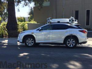 Robotické auto od Applu má problém. Zapletlo se do dopravní nehody