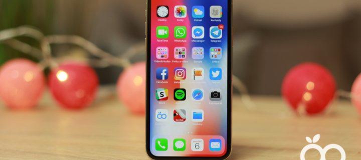 Apple prodá před Vánoci až 27 milionů iPhonů X. Zájem o iPhone 8 strmě padá