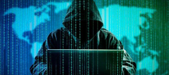 Kyberšpioni šmírují diplomaty z východní Evropy. Zneužívají k tomu Flash Player