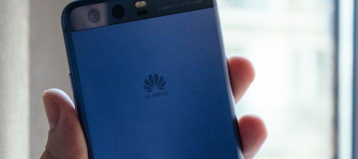 FBI a CIA varují před nákupem telefonů Huawei a ZTE. Představují bezpečností hrozbu