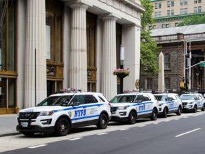 Policisté v New Yorku fasují iPhony. Mají jim pomáhat při službě