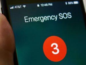 Dva tisíce tísňových volání. iPhony vservisním středisku Applu nechtěně volají záchranářům