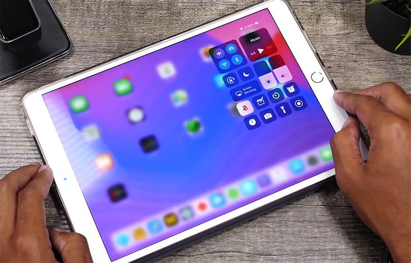 Nová verze iOS 12 prozradila, jak bude vypadat další iPad