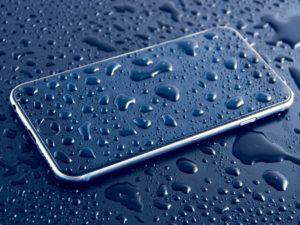 Apple nabízí bezplatné opravy iPhonů, iPadů a Maců poškozených během japonských záplav