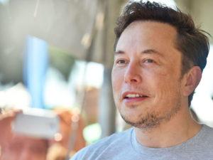 Rodinu vídám sporadicky a málem jsem nestihl bratrovu svatbu. Elon Musk promluvil o svém soukromí