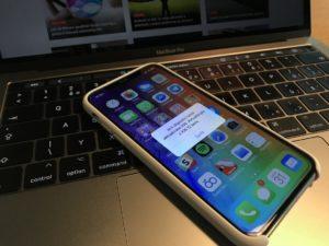 Téměř všechny uživatele iOS 12 trápí drobná, ale za to nesmírně otravná chyba
